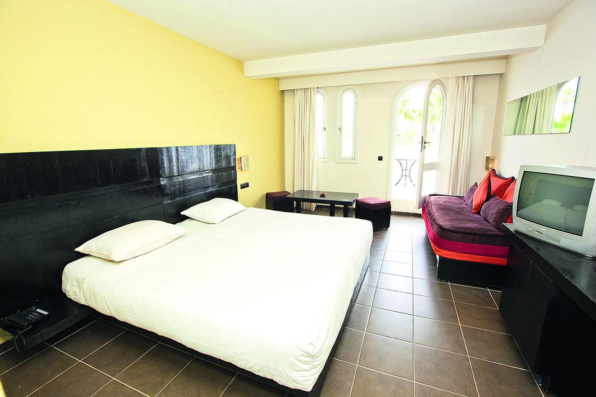 club look a royal tafoukt agadir voyage maroc s jour agadir. Black Bedroom Furniture Sets. Home Design Ideas