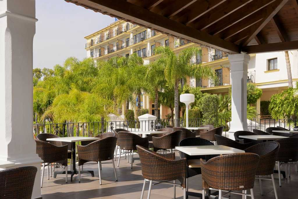 Hotel h10 andalucia plaza 4 marbella andalousie for Hotel design andalousie