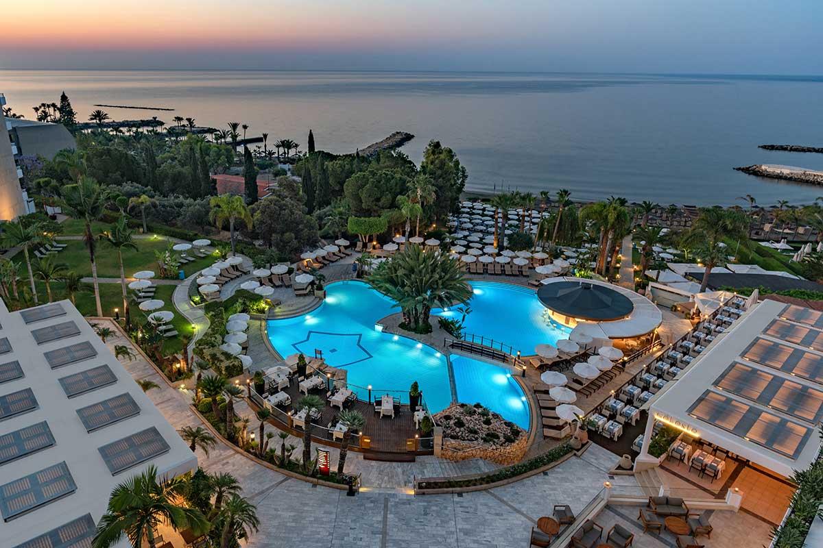 CYPLMED-piscine-mediterranean-beach-hotel-sejours-chypre-tui