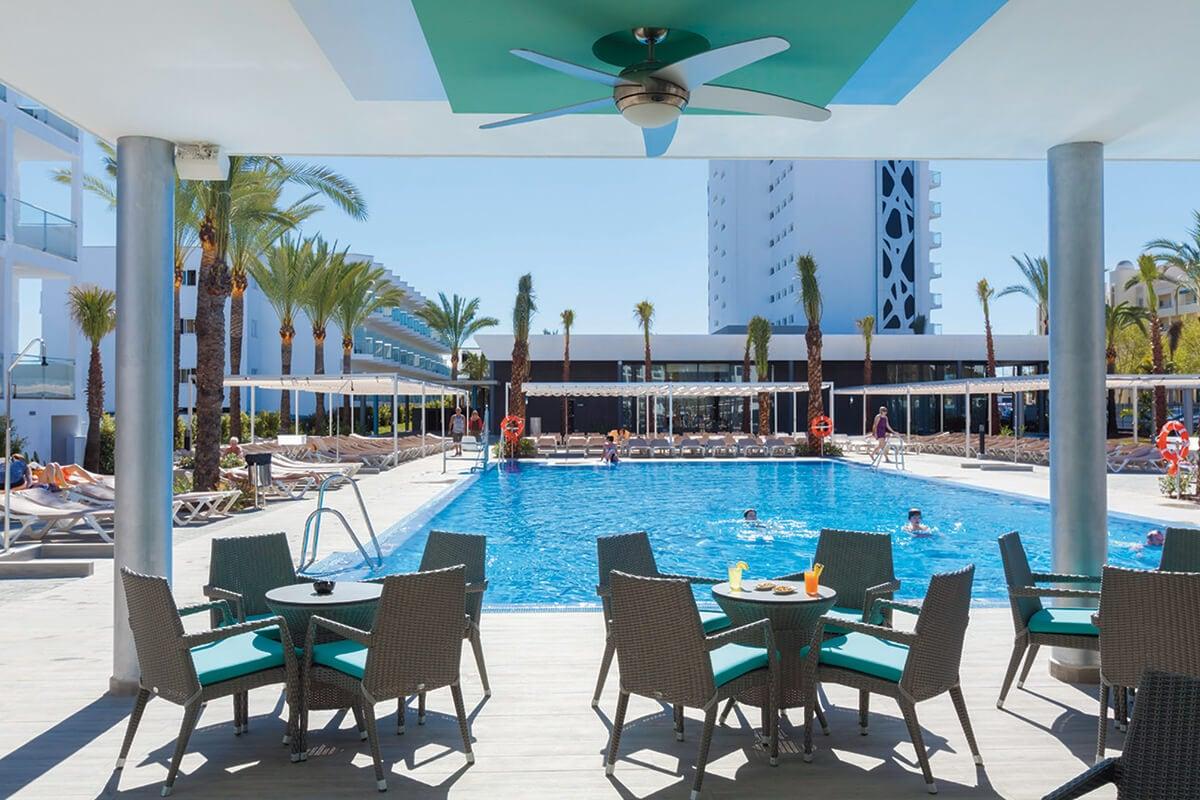 hotel riu costa del sol 4 torremolinos andalousie espagne avec voyages leclerc tui. Black Bedroom Furniture Sets. Home Design Ideas