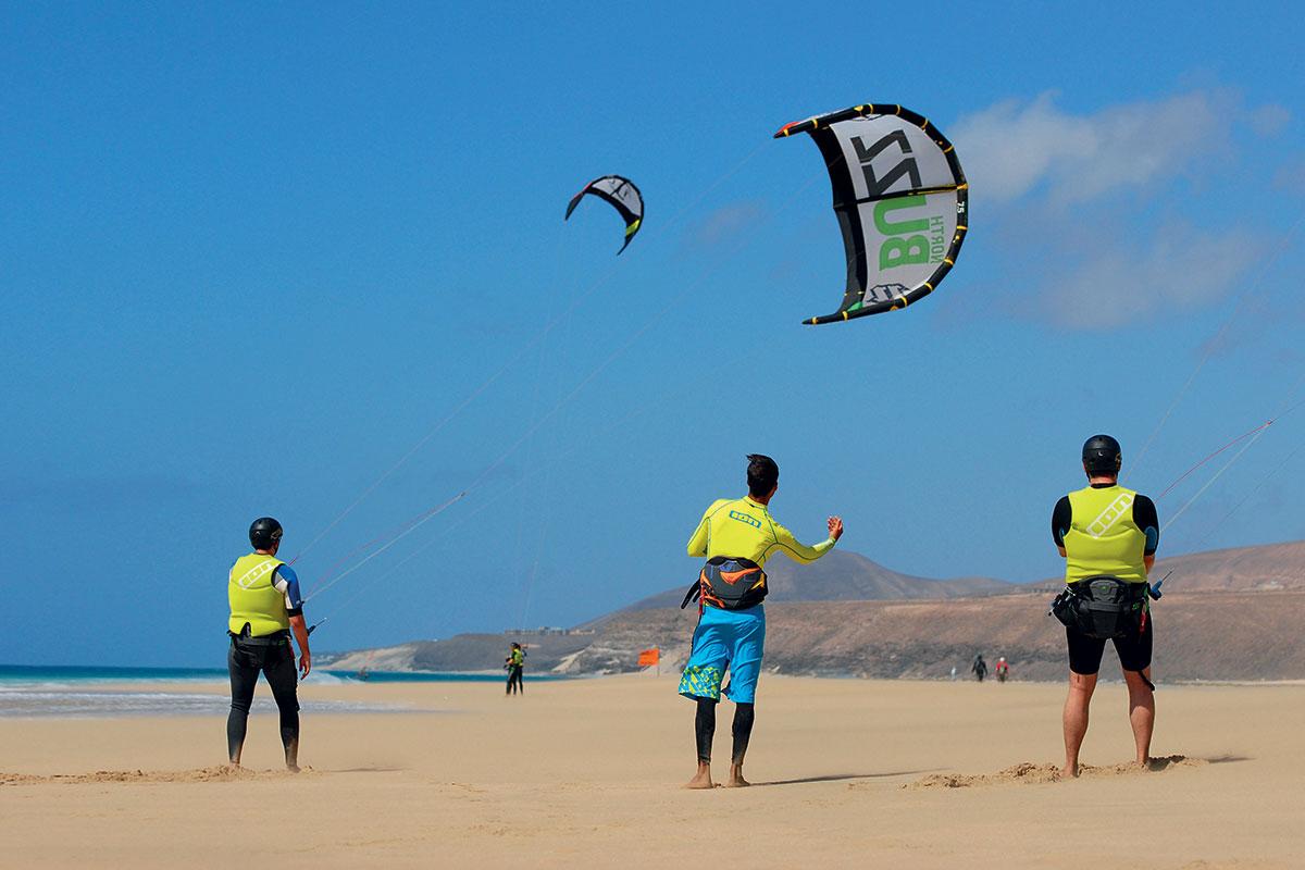 ESPFESQ8 kitesurf robinson club esquinzo playa sejour aux canaries tui