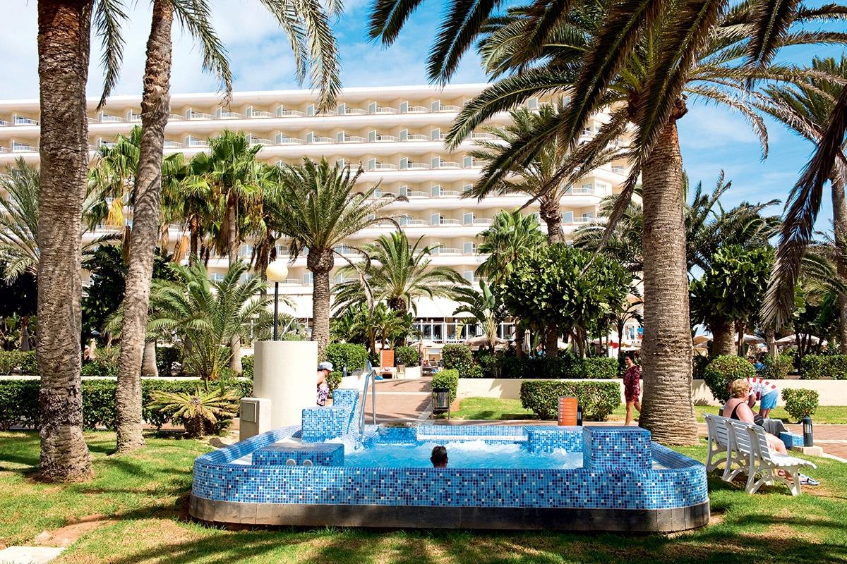 ESPFOLI8 bains a remous riu club hotel oliva beach resort sejour aux canaries tui
