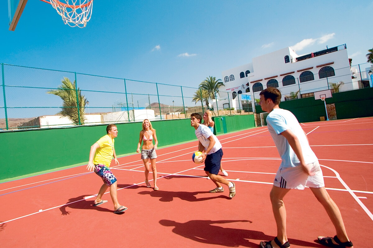 ESPGORQ8 basket ball family life orquidea vacances aux canaries tui
