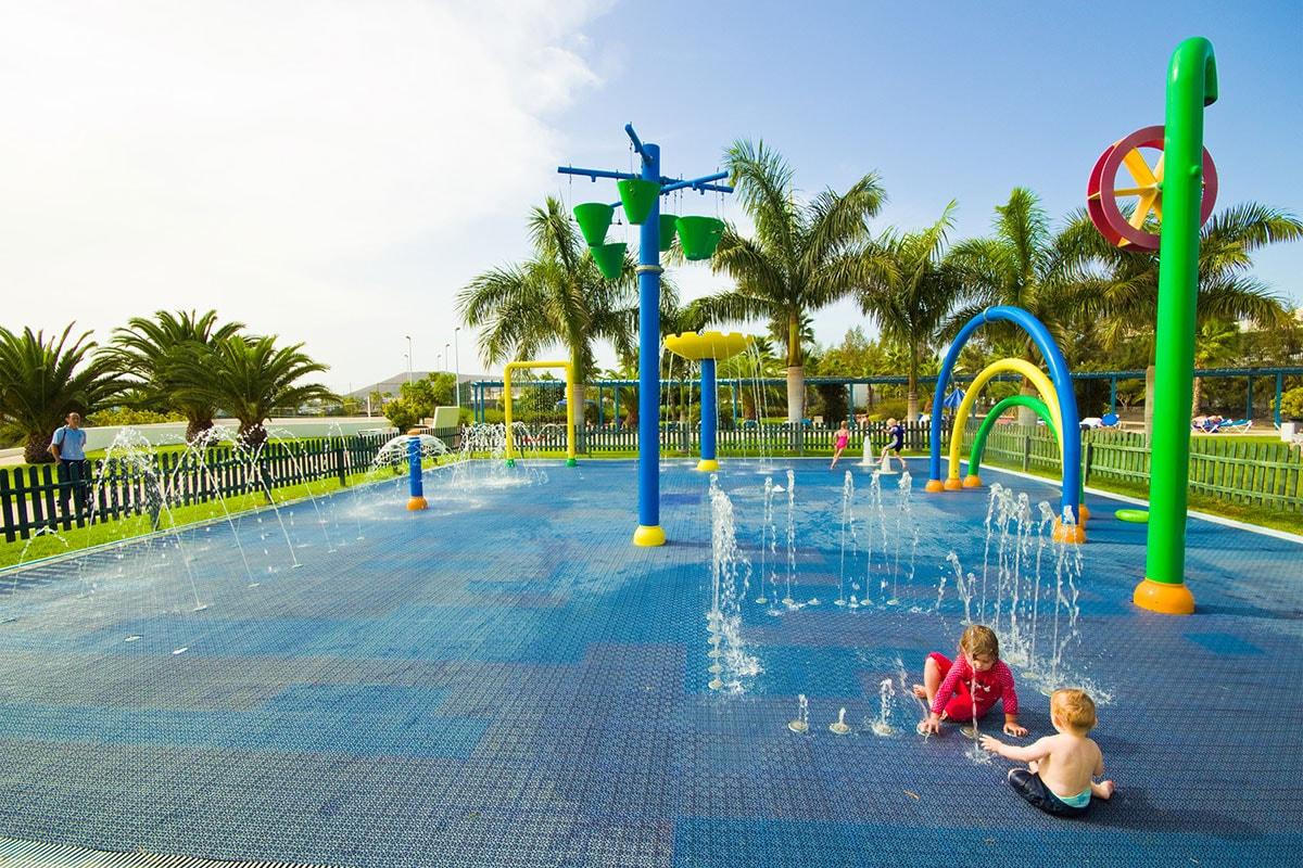 ESPLTRO jeux enfants sejours tropical island lanzarote tui