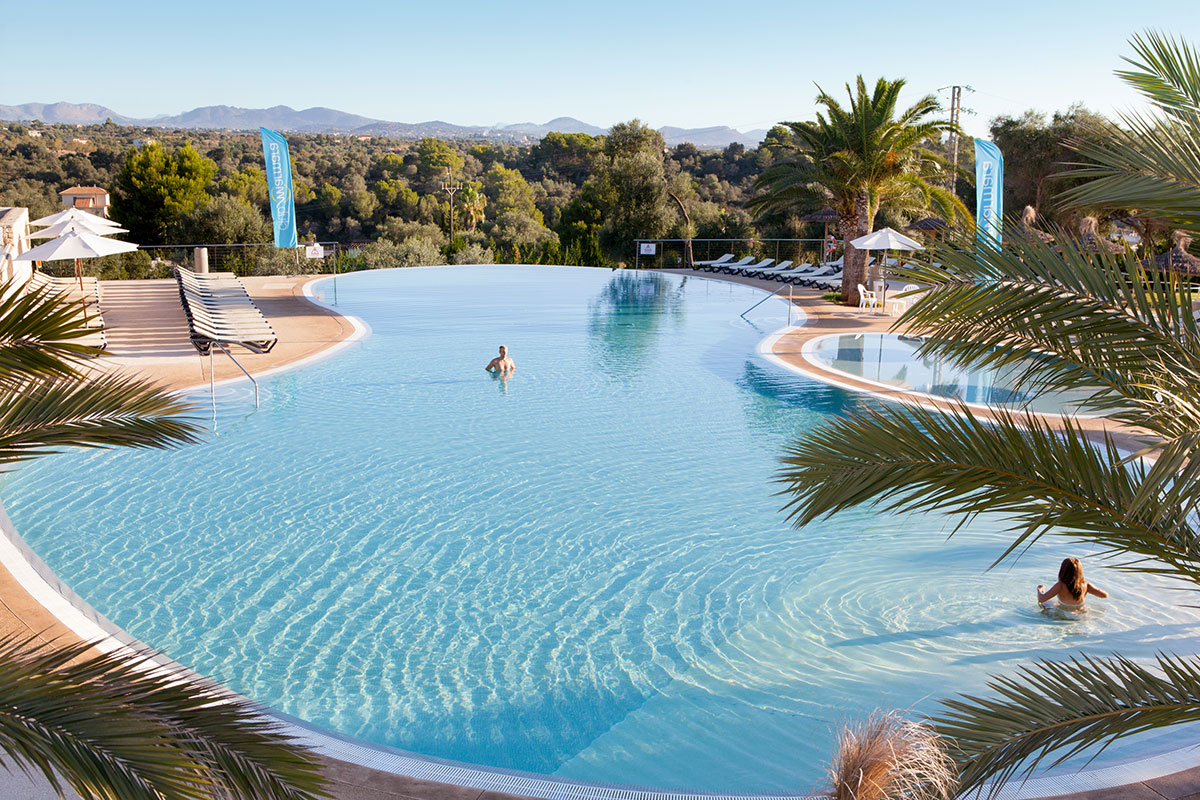 Club marmara del mar tui for Piscine baleares