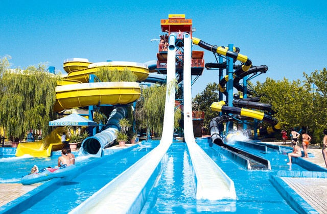 Hotel splashworld aqualand resort 4 corfou grece avec for Hotel lyon avec piscine