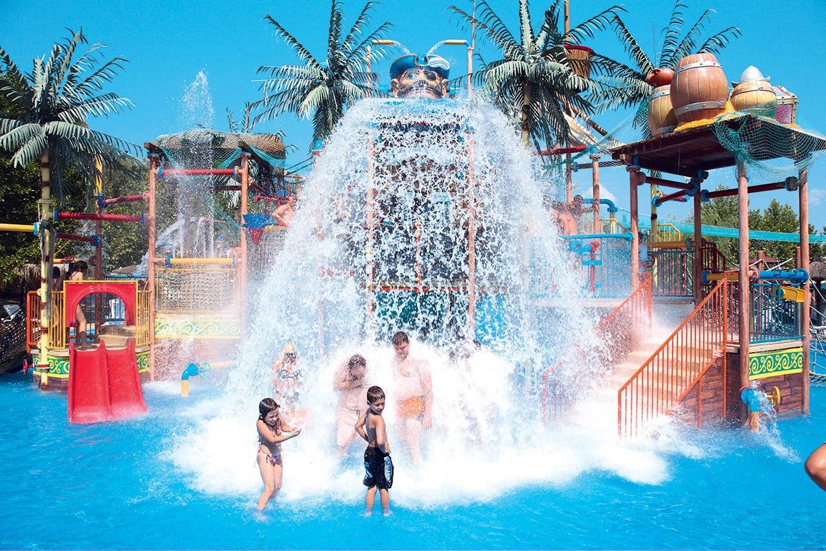 GREFAQU8 splashworld aqualand resort aquaparc cascade sejour corfou grece tui