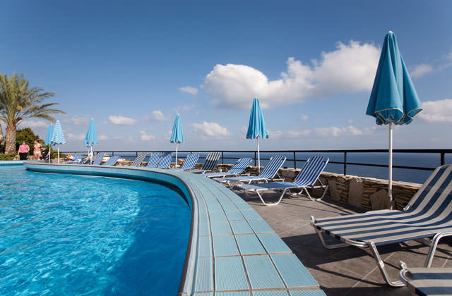 Club marmara athina palace 5 nl sejour grece avec voyages for Club piscine soleil chicoutimi