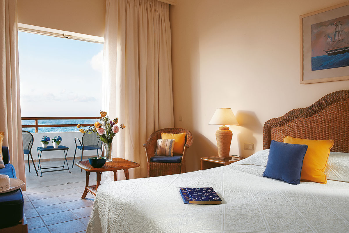 GREHMPA chambre double vue mer partielle hotel grecotel club marine palace sejour crete tui