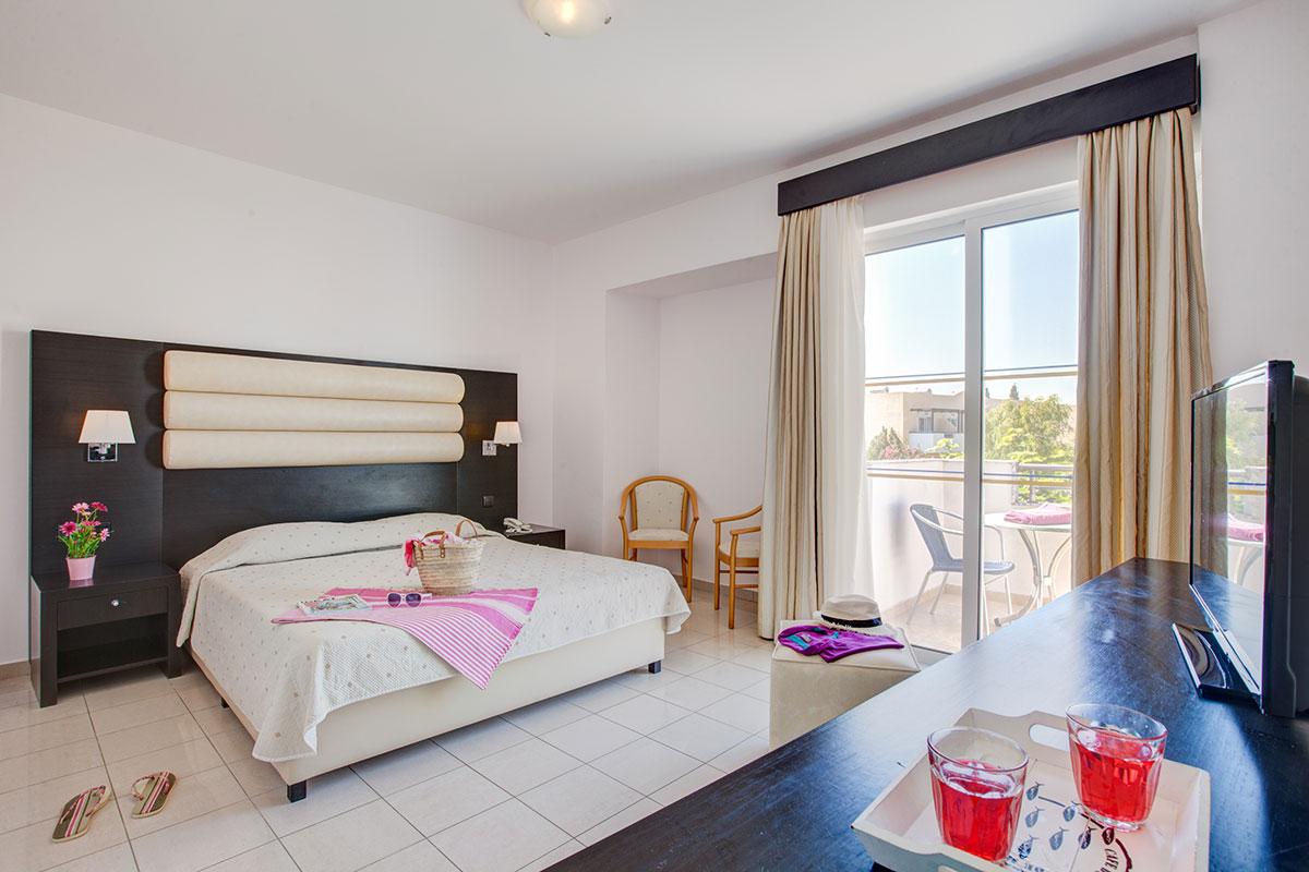 GREKZOR club marmara zorbas beach chambre quadruple sejour grece tui