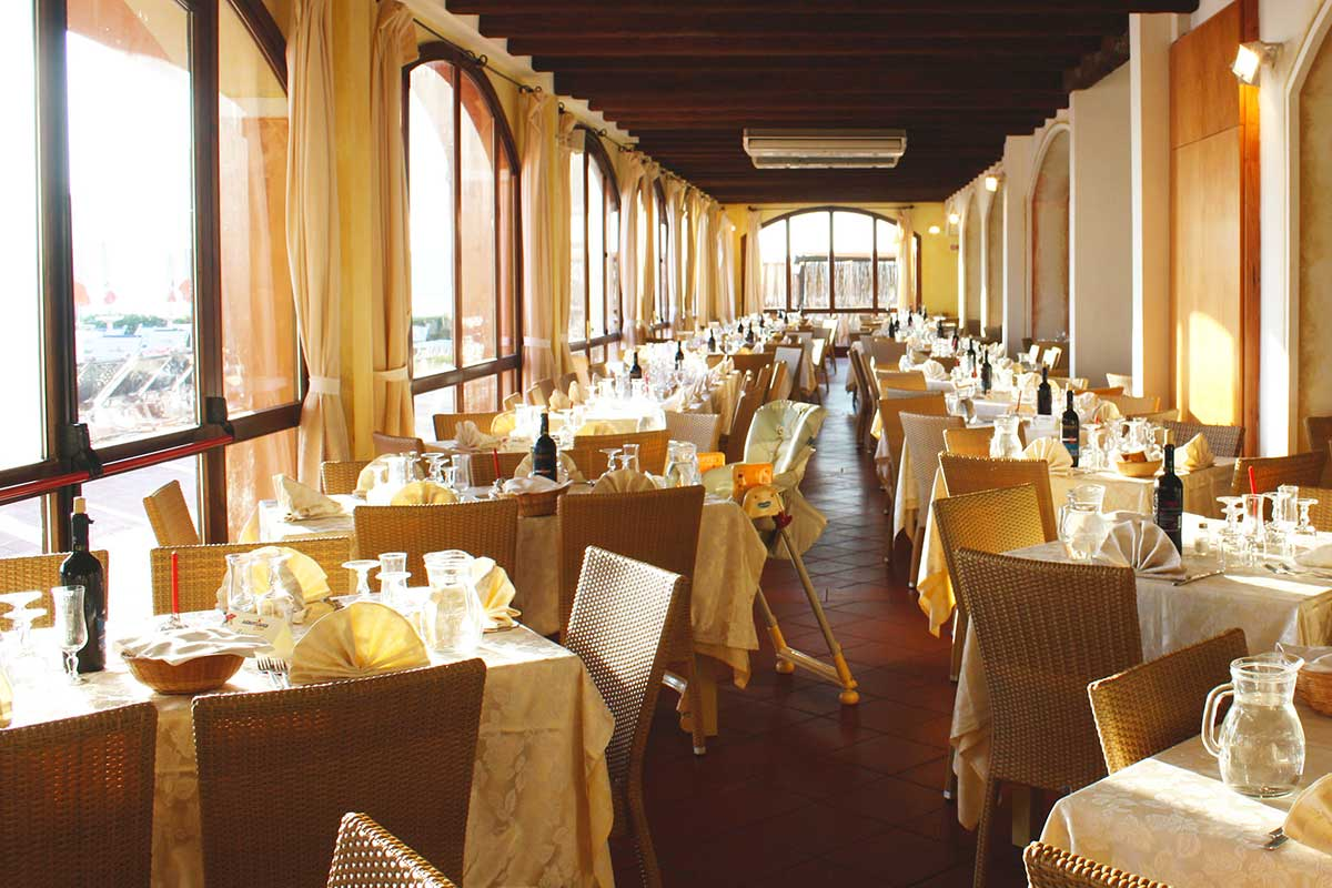 OLBSLCAL restaurant club lookea cala blu voyage sardaigne italie tui