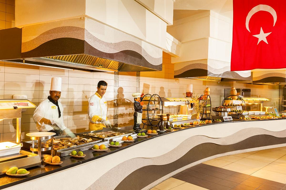 Buffet restaurant spécialités tunsiennes