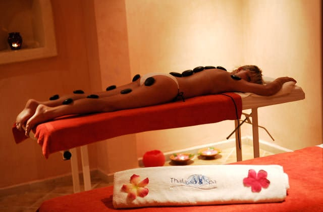 Massage au centre de thalasso
