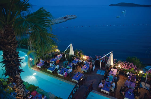Restaurant en terrasse du Club Marmara Light House