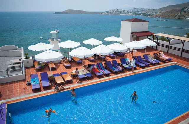 Piscine du Club Marmara Light House