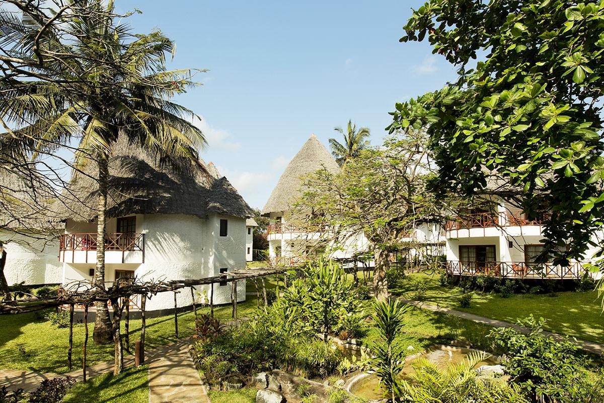 Hotel neptune village beach resort spa sejour kenya avec for Hotel villa jardin tultitlan